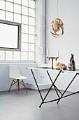DIY - Lampenschirm aus Furnierholzstreifen über Tapeziertisch als Esstisch