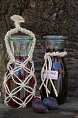 Jute macrame bottle cover