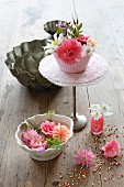 Table centrepiece made from various flowers