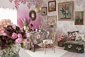 Floral decor ideas for the living room