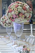Romantic bouquet of roses on a wedding table