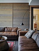 Living room in shades of brown