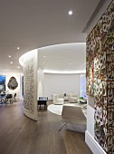 Artistically designed wall and elegant living area in rotunda