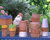 Frost-hard English clay pots