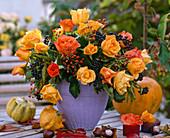 Rose autumn bouquet with Ligustrum berries