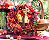Rose Rosehips, Erica Heath, Brassica Cabbage, Euonymus-Pfaffenhütchen