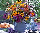 Rudbeckia (sun hat), Centaurea (cornflower)