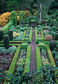 Formal garden Buxus, Taxus, Fagus, Ilex, Rhododendron