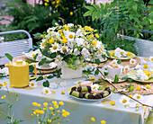 White-yellow table decoration