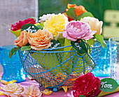 Mini sugar bags with roses