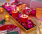 Unusual Advent wreath with red and pink candles