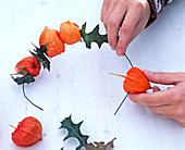 Lanterns-oak wreath