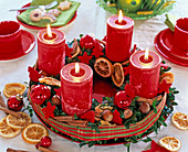 Advent wreath from Box with red candles