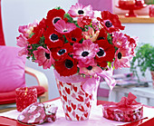 Anemone bouquet in heart vase