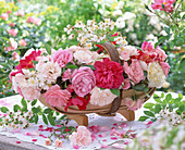 English garden basket with wild roses (white), bed roses