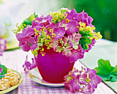 Hydrangea, alchemilla in pink