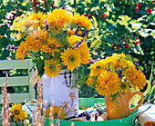 Late summer bouquet with heliopsis, anethum, lavandula