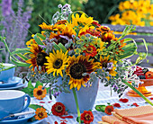 Late summer bouquet with Helianthus, Borago