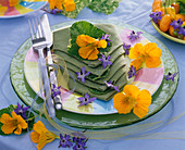 Summer, napkin decoration, nasturtium, edible flowers