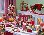 Table decoration with malus, citrus, arachis
