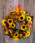 Wreath with Helianthus, Helenium, Ageratum