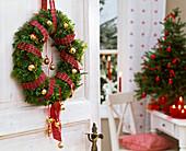 A wreath - 5 ways
