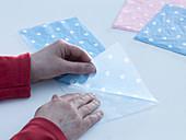 Pots with light blue dots napkin