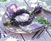 Napkin decoration with lavandula wreath and bouquet
