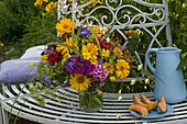 Bouquet of heliopsis, phlox, anthemis