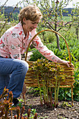 Willow elements braid for bedding border