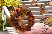 Ornamental apples and leaves wreath