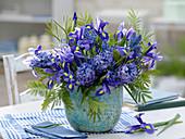 Blue spring bouquet, Iris hollandica, Hyacinthus
