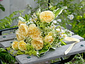White-yellow bouquet pink, Sambucus nigra
