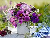 Late summer bouquet with phlox, Dahlia, Erigeron