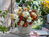 White-orange late summer bouquet