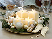 Fast Advent wreath with star candles, Abies branches