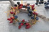 Wild fruit wreath with rose hips, sloe