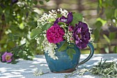 Small bouquet of elderberry, Rosa 'Princess Sibilla'