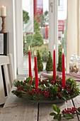 Simple Advent wreath of Ilex and Pinus