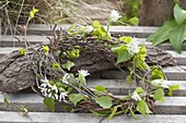 Maiengrün wreath of Betula branches, decorated with flowers