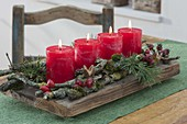 Simple Advent wreath of natural materials