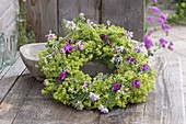 Wreath of Alchemilla mollis, Coronilla, Dianthus
