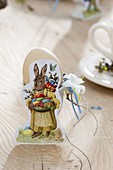 Table decoration with Easter wafers