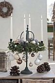 Advent wreath out of Chamaecyparis, on metal frame