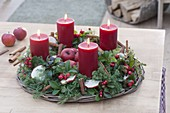 Advent wreath out of Chamaecyparis, and Gaultheria