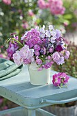 Small bouquet of different Rosa (Rose), Lathyrus