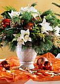 Christmas bouquet with pine twigs, Amaryllis (Hippeastrum)