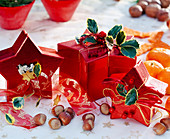 Geschenkschachtel adventlich geschmückt