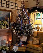 Weihnachstbaum mit Silber / BLAUEM Schmuck