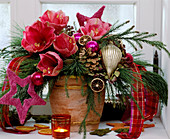 Advent Bouquet with Hippeastrum